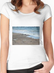 Tide Coming In Women's Fitted Scoop T-Shirt