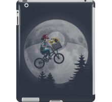 Bicycle scene - Pokemon E.T. iPad Case/Skin