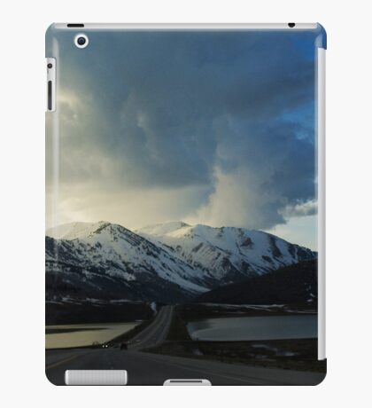 Mountain Pass iPad Case/Skin