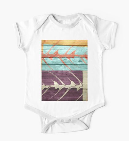 The painting leaf paint on the wood texture One Piece - Short Sleeve
