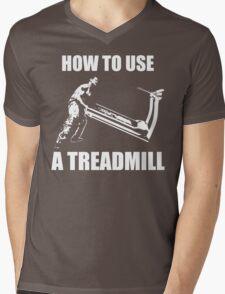 How To Use A Treadmill Mens V-Neck T-Shirt