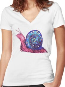 Trippy Snail Women's Fitted V-Neck T-Shirt