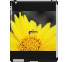 Profile of a Tiny Bee on a Yellow Daisy iPad Case/Skin
