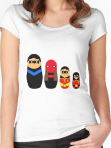 Nesting Robins Women's Fitted Scoop T-Shirt