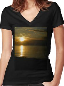 Sunset Beach Women's Fitted V-Neck T-Shirt