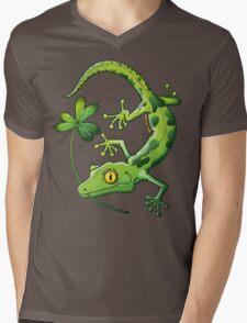 Saint Patrick's Day Gecko Mens V-Neck T-Shirt