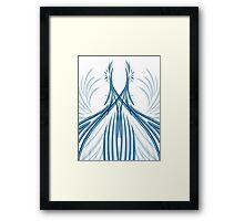 Courbes bleutés en symétrie Framed Print
