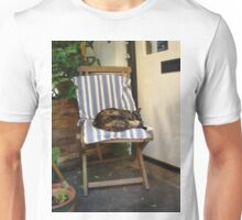Animal, cat, relaxing Unisex T-Shirt