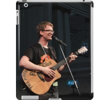 Hank Green This machine Pwns N00bs  iPad Case/Skin