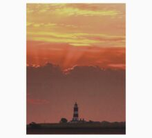 Sun rays over Happisburgh Kids Clothes