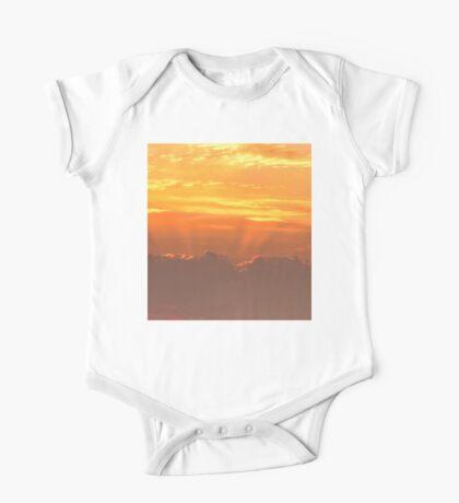 Sunset rays One Piece - Short Sleeve