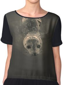 Harbor Seal V BW SQ Toned Chiffon Top