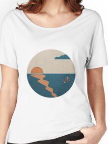 Simplistic Ocean Horizon  Women's Relaxed Fit T-Shirt