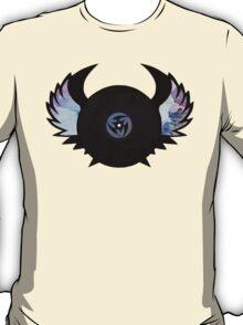Vinyl Records with Wings - Retro Grunge Vintage Art - Music DJ! T-Shirt