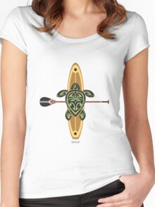 Black & Green Tribal Turtle Stand-Up Wave Rider / Maui Women's Fitted Scoop T-Shirt