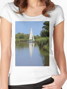 Sailing on the Norfolk Broads Women's Fitted Scoop T-Shirt