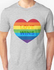 Gay pride heart / LGBT Unisex T-Shirt