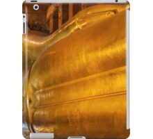 Reclining Buddha gold statue in Wat Pho buddhist temple, Bangkok, Thailand iPad Case/Skin