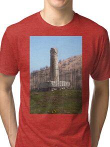 Croes Elisedd Tri-blend T-Shirt