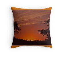 End of another day Throw Pillow