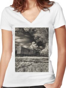 Derelict train Women's Fitted V-Neck T-Shirt