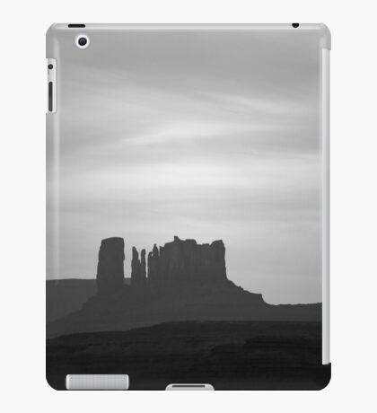 Monument Valley III BW iPad Case/Skin