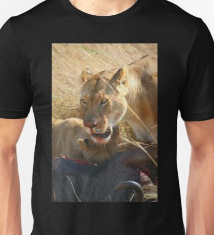 Lions at a Wilderbeest Kill, Maasai Mara, Kenya  Unisex T-Shirt