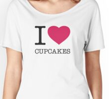 I ♥ CUPCAKES Women's Relaxed Fit T-Shirt