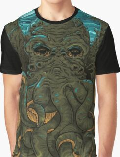 Answering the Call of Cthulhu Graphic T-Shirt