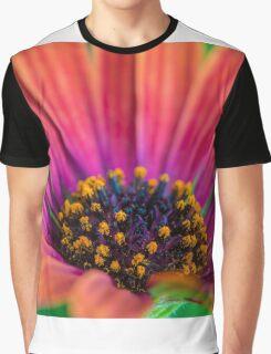 Pollen Graphic T-Shirt