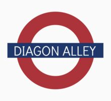 Diagon Alley Station - Harry Potter T-Shirt