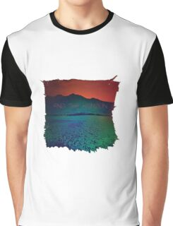 Find the horizon Graphic T-Shirt