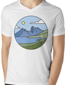 Round Tasmania: Mountain Mens V-Neck T-Shirt