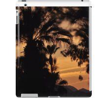 MYSTIC SUNSET OVER THE DESERT iPad Case/Skin