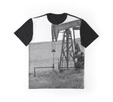 B&W - Pumping Oil  - Coalinga, California Graphic T-Shirt