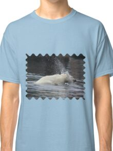 Polar Bear Splashing in the Water Classic T-Shirt