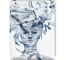 I am the sea and nobody owns me iPad Case/Skin