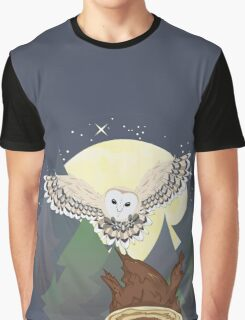 Barn Owl on a Tree Stump 3 Graphic T-Shirt