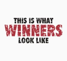 This is what Winners look like (Black Red Used Look) Kids Tee
