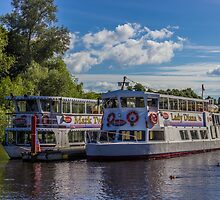 Showboats by Paul Madden