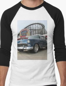 A Cool Classic Car And A Coaster Men's Baseball ¾ T-Shirt