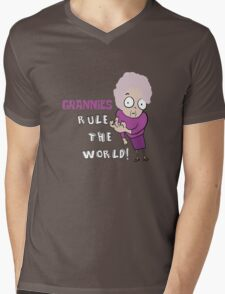 GRANNIES RULE THE WORLD Mens V-Neck T-Shirt