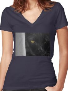 Battle Weary Women's Fitted V-Neck T-Shirt