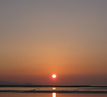 Sunset, at Burnham-On-Sea by happypuzzler