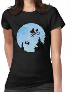 E.T. The Extraterrestrial Falling Womens Fitted T-Shirt