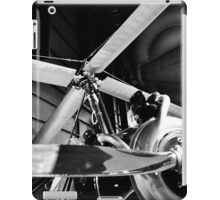 Black and White Silver Propellers  iPad Case/Skin