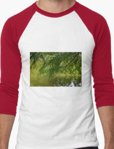 Tree with the leaves in the water. Men's Baseball ¾ T-Shirt