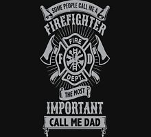 FIREFIGHTER DAD Unisex T-Shirt