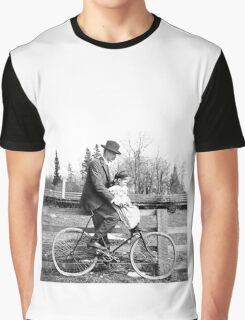 photo family Graphic T-Shirt