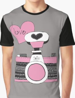 Vintage Retro Love Camera Graphic T-Shirt